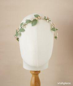 Hey, I found this really awesome Etsy listing at https://www.etsy.com/ca/listing/215214330/spring-wedding-headband-bridal-headpiece