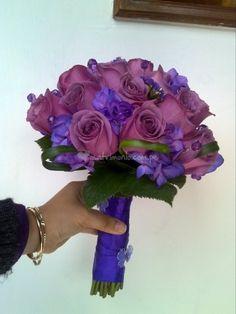 Bouquet con toques lilas y azules de Tmatikas arte floral y diseño | Fotos