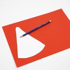Julpyssel - figurer efter flexibel schablon | Pysseltips Symbols, Letters, Logos, Diy, Pictures, Bricolage, Icons, Fonts, Do It Yourself