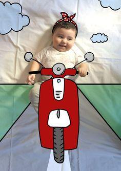 Olivia de Mayor quiere ser Motera. Fotografia & Ilustración Creativa de bebés y niños soñadores. bebé baby