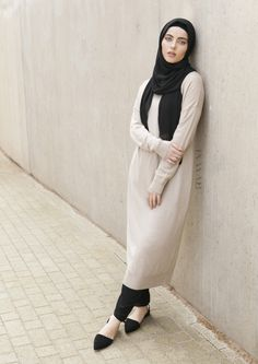 Neutral tones are the perfect go-to for any daytime outfit this season. Chalk High Neck Knitted #Jumper + Black Rayon #Hijab - www.inayah.co