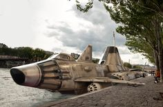 https://flic.kr/p/oDeDFK | Skydiver Docked on the Seine