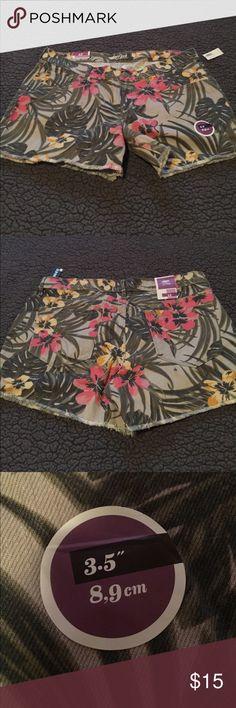 Floral Jean Shorts OLD NAVY the diva shorts Old Navy Shorts
