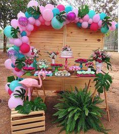 What do you think of this flamingo party? Hawaiian Birthday, Luau Birthday, 2nd Birthday Parties, Birthday Party Decorations, Birthday Party Ideas, Flamingo Party, Flamingo Birthday, Aloha Party, Luau Party