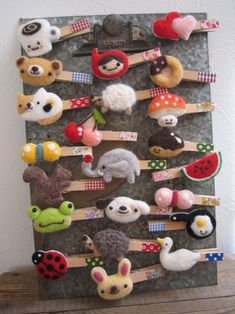 Felt Crafts Patterns, Felt Crafts Diy, Bunny Crafts, Felt Diy, Needle Felted Animals, Needle Felting, Felt Hair Accessories, Handmade Soft Toys, Felting Tutorials