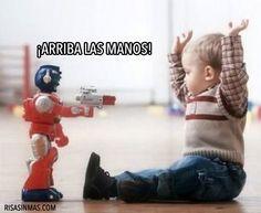 ¡Arriba las manos!