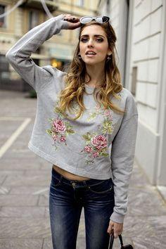 Chiara Ferragni - The Blonde Salad - Levi s Revel jeans. Prada Shoes e09b516f32ed