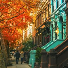 Upper West Side New York City by Vivienne Gucwa @travelinglens... #nyc #newyork #newyorkcity #manhattan #brooklyn #queens #eastvillage #westvillage #midtown #downtown #tribeca #soho #uppereastside #upperwestside