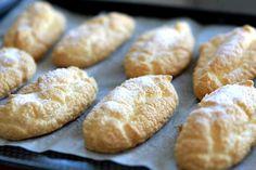 Recette de biscuits à la cuillère au Thermomix TM31 ou TM5. Réalisez ce dessert en mode étape par étape comme sur votre Thermomix !