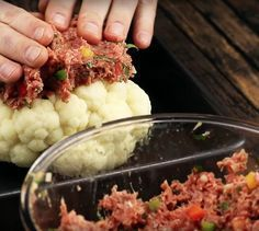 We are sure that you have never eaten cauliflower in this way. When you cut the first portion, your mouth will water Vegetable Recipes, Meat Recipes, Cooking Recipes, Healthy Recipes, Food Menu, Easy Cooking, My Favorite Food, Food Inspiration, Love Food