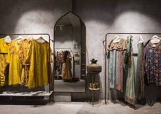 Heavily inspired from Sindh Art and Architecture, clothing retail created in a way to feel the perfect contrast yet living in the era. Studio Interior, Luxury Interior Design, Interior Design Living Room, Clothing Boutique Interior, Accessories Display, Store Interiors, Facade Design, Store Displays, Grey Walls