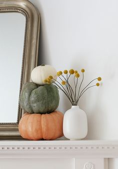 Imaginative Fall Porch Decorating Ideas to Make Yours Unforgettable Homemade House Decorations, Modern Fall Decor, Natural Fall Decor, Fall Inspiration, Seasonal Decor, Holiday Decor, Autumn Decorations, Christmas Decorations, Decoration Design
