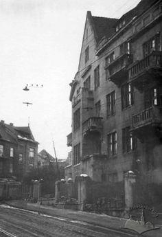 Картинки по запросу Будинок №12 на вулиці Котляревського