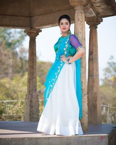 Sreemukhi Beautiful HD Photoshoot Stills & Mobile Wallpapers HD - sreemukhi,television actress,hd images,tollywood,bollywood Beautiful Girl Indian, Beautiful Saree, Beautiful Indian Actress, Bollywood Actress Hot Photos, Actress Photos, Tamil Actress, Russian Women For Marriage, Photoshoot Pics, Girl Photo Poses