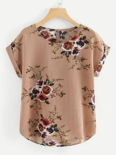 To find out about the Plus Floral Print Dip Hem Blouse at SHEIN, part of our latest Plus Size Blouses ready to shop online today!Find Awesome Products to SellShop [good_name] at ROMWE, discover more fashion styles online. Floral Tops, Floral Prints, Asymmetrical Tops, Roll Up Sleeves, Plus Size Blouses, Vintage Tops, Vintage Floral, Printed Blouse, Types Of Sleeves