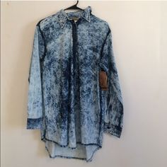 Acid Wash Denim Long Sleeve Acid wash denim button up, reposhing due to lack of wear but in great condition! The pictures show it with tags but I removed it when I tried it on. Super comfy and runs a little large you can even wear it with leggings! Not urban just posting for views Urban Outfitters Tops
