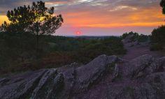 https://flic.kr/p/zsfGhh   À la recherche du Graal - Rocher des Faux-Amants - Brocéliande (Breizh)   Rocher des Faux Amants dans la forêt de Brocéliande à Tréhorenteuc peu avant le coucher de soleil. Comme l'on peut le voir, le soleil a réussi à percer les masses nuageuses pendant un très court laps de temps suffisant à redonner des couleurs à ces derniers pour le plus grand plaisir des yeux - Val sans retour