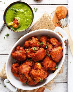 Happy Friday! Tried our Curried Cauliflower Wings yet? 🔥🌶️🌿 9 Ingredients, spicy, savory, SO satisfying! (LINK in bio!) #vegan #glutenfree