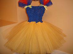 super cute little girl snow white! Twin Costumes, Dress Up Costumes, Cute Costumes, Tutu Outfits, Disney Outfits, Tutu Dresses, Crochet Dresses, Hat Crochet, Snow White Tutu