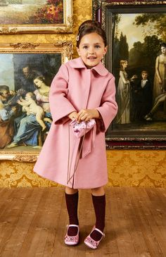 DOLCE & GABBANA SS 2020 Little Girls Coats, Little Boys, Kids Outfits, Cute Outfits, Dolce And Gabbana Kids, Kids Clothes Boys, Matching Family Outfits, Cute Faces, My Princess