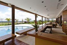 Fotos: Casa H reúne madeira, vidro e área verde em combinação harmoniosa - - UOL Estilo de vida