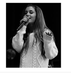 Ariana Grande <3 Her voice is just so amazing and beautiful!! New Fav Vocalist