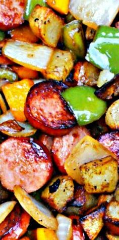 Kielbasa, Pepper, Onion and Potato Hash...possibly use sweet potatoes