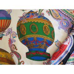 81 meilleures images du tableau carre soie   Hermes scarves, Silk ... 12a3309ded86