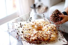 Roscón d Reyes Christmas Sweets, Noel Christmas, Bread Recipes, Cake Recipes, Dessert Recipes, Old Fashioned Sweets, Pressure Cooking Recipes, Pan Dulce, Cooking Chef