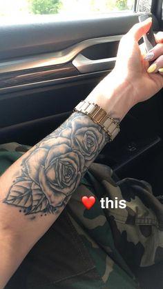 Help For wrist tattoo - Tattoo Designs - Minimalist Tattoo Subtle Tattoos, Dope Tattoos, Body Art Tattoos, New Tattoos, Sleeve Tattoos, Girl Tattoos, Small Tattoos, Tribal Hand Tattoos, Rose Tattoos On Wrist