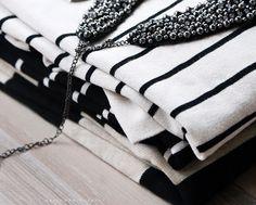 Black / white stripes