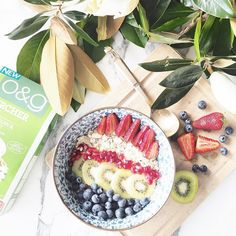 Starting the day off right with O&G bircher muesli. Now, lets end this year off with a bang, shall we? Bircher Muesli, Start The Day, Acai Bowl, Breakfast, Instagram Posts, Food, Acai Berry Bowl, Morning Coffee, Meals