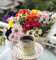 Good Morning Coffee Gif, Turkish Coffee, Coffee Love, Tea Cups, Coffee Maker, Food And Drink, Table Decorations, Mugs, Tableware