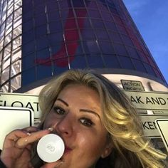 This is #go 🎯 SHARE GO AND EARN🏷️ Who needs more customers/distributors for your Nu Skin Business ....???🦄💋🛍️📿💄💎#nuskin #nuskinlive2017 #saltlakecity #global #conveniencestore  This tiny device #asitviago you see here at Salt Palace is doing all the work for my business ... And that 24/7!!! It promotes Your Biz Wherever You GO with YOUR personal message AND YOUR link....to #youtube #facebook #blogpost #storewebsite etc. 👍No hassle 👍No stress talking to potential customers 👍Get…