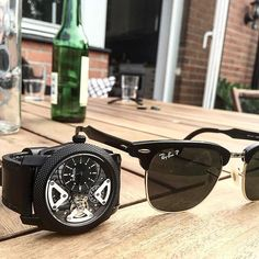 Black essentials  Summer sale with discounts up to 70%  WWW.SOSOCLOTHING.SE  #watch #watches #watchoftheday #watchporn #watchaddict #horology #awesome #amazing #cool #dope #swag #style #nice #colorful #beautiful #fashion #mensfashion #luxury #gentleman #fossil #fossilwatch #fossilstyle #rayban #watchfreak #watchgeek #wristgame #dailywatch #watchfam #wristcandy #tourbillon by jannis_sosoclothing