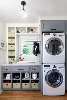 35+ Elegant and Functional Laundry Room Design Ideas #laundryroom #laundryroomideas #laundryroommakeover