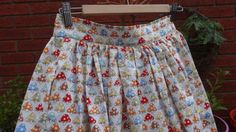 half-elastic waistband skirt