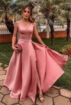 Pink v neck prom dress Floral Bridesmaid Dresses, V Neck Prom Dresses, Gala Dresses, Formal Dresses, Wedding Dresses, Lace Wedding, Wedding Jumpsuit, Kawaii Fashion, Asian Fashion