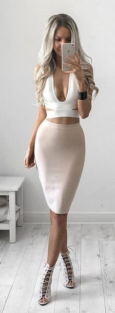 #summer #style |White Plunging Bralette and Light Pink Bandage Skirt