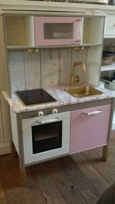 diy keukentje van ikea oa actionverf doe het zelf klussen pinterest kinderk che. Black Bedroom Furniture Sets. Home Design Ideas