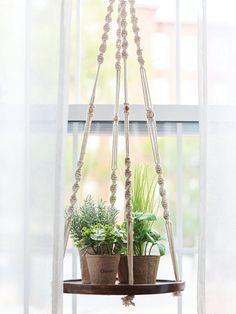 Garden Plant Stand, Diy Plant Stand, House Plants Decor, Plant Decor, Window Plants, Plant Window Shelf, Plant Wall, Corner Plant, Kitchen Plants