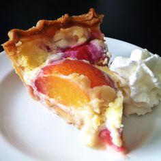 Peaches & Mascarpone Cream Pie