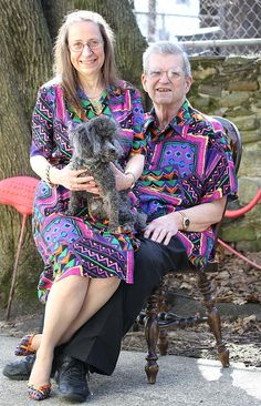 Couple Wears Matching Outfits For the Past 35 Years-I thought this was an awkward family photo at first!!!