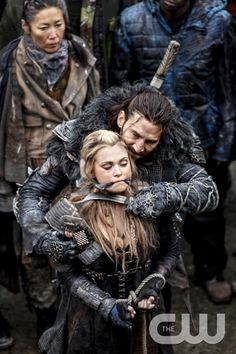"""The 100 -- """"Perverse Instantiation - Part One"""" -- Image: HU315a_0053 -- Pictured (L-R): Eliza Taylor as Clarke and Zachary McGowan as Roan -- Photo: Bettina Strauss/The CW -- © 2016 The CW Network, LLC. All Rights Reserved"""