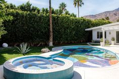 While each of Proba's pool designs is unique, all three projects are led by her instinctive desire to create dynamic visuals. Pool Paint, Modern Outdoor Living, Palm Springs Houses, Rectangular Pool, Natural Swimming Pools, Swimming Pool Designs, Showcase Design, Pool Houses, Patio Design