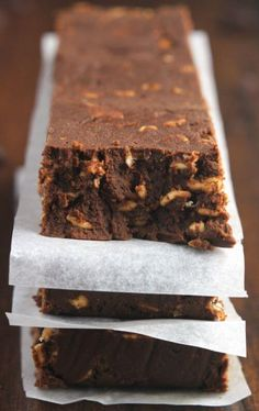 20 Protein Brownies That You'll Love to the Last Bite   We all know that brownies can be delicious, but high-protein and healthy too? Absolutely! And here are 20 protein brownie recipes to prove it!