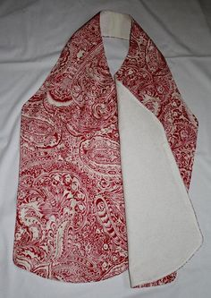 The Sydney dinner and nursing cover is a versatile pattern. It makes a great bib alternative for teens and adults. The scarf can be used to protect…