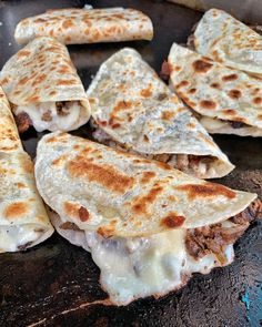 Taco time my dudes (pork onion cheese) - January 18 2019 at - Good - and Inspiration - Yummy Recipes Ideas - Paradise - - Vegan Vegetarian And Delicious Nutritious Meals - Weighloss Motivation - Healthy Lifestyle Choices I Love Food, Good Food, Yummy Food, Yummy Recipes, Tasty, Eat This, Food Goals, Aesthetic Food, Snacks