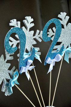 Frozen Birthday Party Decoration - Snowflake & Age Wand 5CT - Snowflake Centerpiece