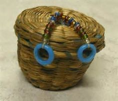 Vintage Native American Trade Beads - Yahoo Image Search Results